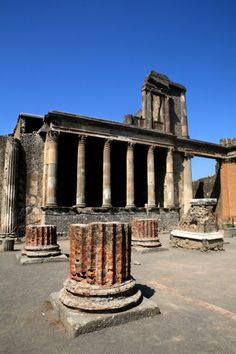 I've been to this exact spot in Pompeii, Italy. It's the ruins of the old temple that was once lively in the ancient city. Was definitely a great site to visit! Hope to one day return to Italy.