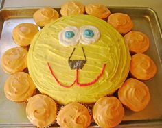 What a good idea for a Lion Birthday Cake!