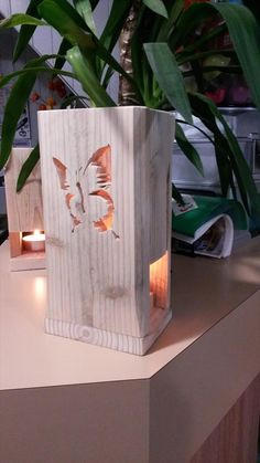 DIY Pallet Butterfly Light Lamp / Gift | 99 Pallets