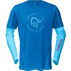 Das Shirt für alle Fälle: Das technische Long Sleeve Shirt aus der Lifestylekollektion /29 von Norrona ist sogar für Sportarten zu empfehlen, bei denen man stark der Sonne ausgesetzt ist. Sei es Klettern, Wandern, Surfen, Mountain Biken…auch bei höheren Temperaturen macht das Langarm-Shirt Sinn.