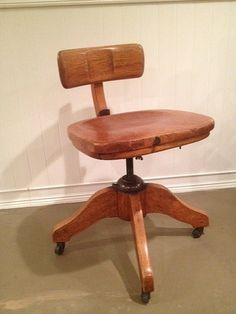 Antique Murphy Office Desk Banker Chair   Tiger Oak   Solid Wood   Swivel    Reclining   Adjustable   On Wheels   Vintage