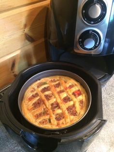 how to use an air fryer xl Actifry, Good Food, Yummy Food, Multicooker, Waffle Iron, Air Fryer Recipes, Slow Cooker, Curry, Food And Drink