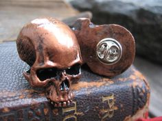 Aged copper skull mens lapel pin, gothic jewelry, cast stone skull tie pin, pirate skull hat pin, mens fashion accessory, pirate lovers gift
