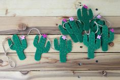 Cactus Garland, Cactus Nursery Decor, Felt Southwestern Décor, Green Cactus Home Décor, Green Felt B Felt Banner, Felt Garland, Felt Christmas Ornaments, Christmas Decorations, Cactus Flower, Green Cactus, Shopkins, Southwestern Decorating, Class Decoration