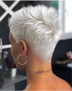 56 Stylish Short Hair Style For Female-Short Pixie Haircut - Page 10 of 56 - Latest Fashion Trends For Woman Stylish Short Hair, Short Grey Hair, Short Hair Cuts, Short Hair Styles, Natural Hair Styles, Blonde Pixie Cuts, Short Wavy, Blonde Haircuts, Short Pixie Haircuts