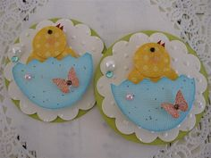 card decoration .... punch art ... Easter chicks in half Easter eggs ...