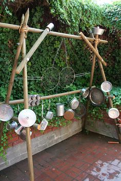 easy outdoor sound wall - or use an existing fence to attach pots, pans, cans, broken windchimes, etc Outdoor Learning Spaces, Kids Outdoor Play, Outdoor Play Areas, Natural Playground, Outdoor Playground, Playground Games, Do It Yourself Garten, Eyfs Outdoor Area, Sensory Garden