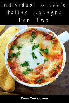 Individual Classic Italian Lasagna Recipe for Two Healthy Meals For Two, Meals For One, Easy Meals, Healthy Recipes, Cheap Recipes, Healthy Sides, Dinner Healthy, Keto Recipes, Healthy Eating