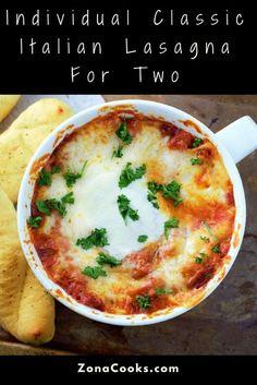 Individual Classic Italian Lasagna Recipe for Two Italian Dishes, Italian Recipes, Beef Recipes, Cooking Recipes, Cheap Recipes, Lasagne Recipes, Meatloaf Recipes, Pasta Recipes, Healthy Meals For Two