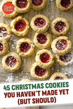 45 Christmas Cookies You Haven't Made Yet (But Should) These gorgeous, unique Christmas cookies are just begging to be made this year. - 45 Christmas Cookies You Haven't Made Yet (But Should) Cookie Desserts, Holiday Desserts, Holiday Baking, Holiday Recipes, Dinner Recipes, Baking Cookies, Sugar Cookies, Dinner Menu, Candy Cookies