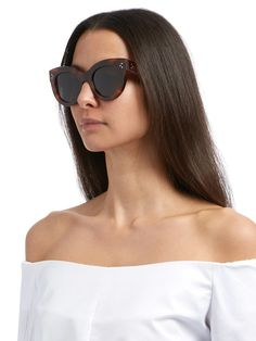 Celine Sunglasses are the epitome of class with their French luxury, fashionable edge, and incomparable quality - Sunglasses Celine 41050 #celinesunglasses #celine #celine41050 #sunglasses #sunglassesfashion #womensunglasses