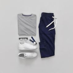 Men Casual T-Shirt Outfit 🖤 Very Attractive Casual Outfit Grid, Fashion Mode, Fashion Outfits, Mens Fashion, Modest Fashion, Retro Fashion, Fashion Tips, Fashion Trends, Stylish Mens Outfits, Casual Outfits