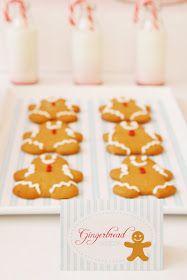 A little Polkadot: Christmas Dessert Table...