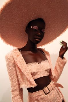 black women models with short hair Curvy Fashion, Look Fashion, Fashion Models, Black Girl Magic, Black Girls, Black Women, Black Is Beautiful, Beautiful People, Female Models
