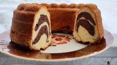 Tiikerikakku kahdella raidalla – Liisa, 87, kertoo täydellisen ohjeen Tiramisu, French Toast, Candy, Baking, Breakfast, Ethnic Recipes, Sweet, Food, Ideas