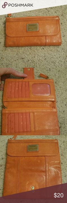 Fossil Wallet Fossil Wallet it probably need a leather cleaner taken to it a little bit other wise it's in good shape. Fossil Bags Wallets