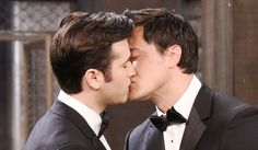 Days Recap: Sonny and Paul share a kiss before heading to the ball image