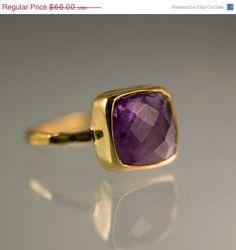 SALE  Gemstone Ring  18k Gold Vermeil Purple Amethyst door delezhen, $59.40