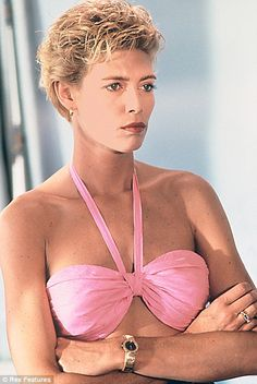'I'm a lesbian,' declares Top Gun siren Kelly McGillis Kelly Mcgillis, Image Film, Bo Derek, Prettiest Actresses, Mature Fashion, Sexy Older Women, Love Movie, Model Photos, Beautiful Celebrities