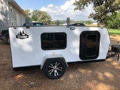 Small Camper Trailers, Diy Camper Trailer, Small Campers, Teardrop Camping, Rv Dealers, Utility Trailer, Recreational Vehicles, Gallery, Campers