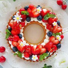 No photo description available. Mini Desserts, Summer Desserts, Dessert Recipes, Alphabet Cake, Number Cakes, Beautiful Desserts, Dessert Decoration, Pastry Cake, Pretty Cakes