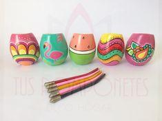 💥MATES CERAMICA💥 Uno diseño más lindo que otro!!! 😍💣😍💣. Mates de cerámica, pintados a mano e incluye la bombilla. . . . #mates #mateargentino #diseño #design #creative #handmade #pintadoamano #ceramics #ceramica #tuspomponeteslp #yukideco