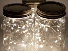 1que-faire-avec-des-pots-de-yaourt-en-verre-bocal-avec-guirlandes-lumineuses-déco-de-noel