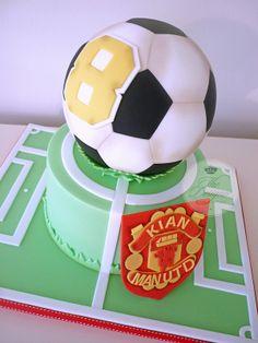 Manchester United football birthday cake