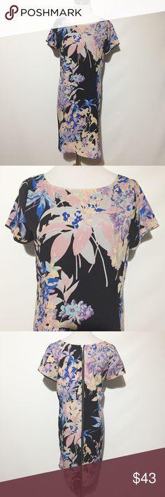 "Yumi Kim Dress Very good used condition. Bust approximately 19"". Length approximately 35"". Yumi Kim Dresses Midi"