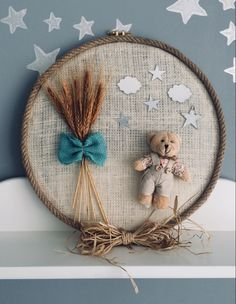 23 Clever DIY Christmas Decoration Ideas By Crafty Panda Diy Arts And Crafts, Felt Crafts, Paper Crafts, Diy Crafts, Embroidery Hoop Crafts, Baby Embroidery, Diy For Kids, Crafts For Kids, Bridal Shower Balloons