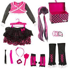 """Monster High Dress Up Set and Fangtastic Storage Trunk - Draculaura - Xcessory International - Toys """"R"""" Us"""