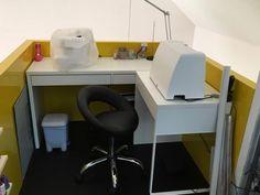 plus de 1000 id es propos de atelier couture sur pinterest stockage de fil tables de. Black Bedroom Furniture Sets. Home Design Ideas
