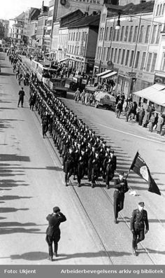 Hirden, the paramilitary branch of the Norwegian nazi party, marches on Grønland, Oslo.