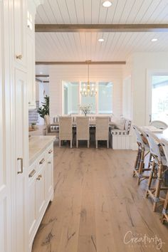 Modern Nantucket Style Home Tour Nantucket Style Homes, Nantucket Cottage, Coastal Style, Nantucket Decor, Modern Cottage Style, Cape Style Homes, Nantucket Beach, Cape Cod Cottage, Cottage House