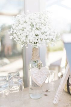 Style Me Pretty's weekly round up of some of our favorite regional wedding posts and inspiration shoots from the past week! Decoration Communion, First Communion Decorations, Première Communion, First Holy Communion, Wedding Centerpieces, Wedding Decorations, Baptism Decorations, Bridal Shower, Baby Shower