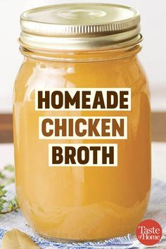 Make Chicken Broth, Chicken Broth Recipes, Chicken Flavors, Canning Soup Recipes, Cooking Recipes, Chicken Fajitas Calories, Jewish Recipes, Perfect Food, Homemade Sauce