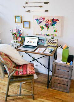 Eles estampam paredes, globos, quadros e até cadeiras. Deixe o seu lado viajante à mostra com estas 27 maneiras de usar mapas-múndi na decoração.