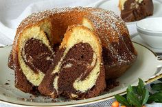 Marmorkuchen mit Nutella, sehr saftig Marble cake with Nutella, very juicy from Cake Recipes, Dessert Recipes, Gateaux Cake, Zucchini Cake, Breakfast Toast, Marble Cake, Cheesecake Brownies, Nutella Cheesecake, Food Cakes