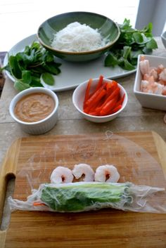 How to make Vietnamese Spring Rolls - The Fresh Find Vietnamese Spring Rolls, Vietnamese Food, Vietnamese Recipes, Filipino Recipes, Fish Recipes, Asian Recipes, Oriental Recipes, Healthy Recipes, Healthy Meals