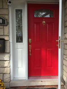 Perfect red door! I used Sherwin Williams in heartthrob and I'm in love with my new door! #reddoor #door #sherwinwilliams