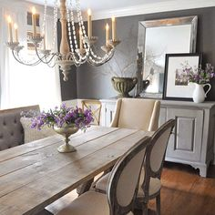 This dining room from @dearlillie - love it! From the wall color to the table, major crush. Follow her for lots of inspiration and all her sources. Yes she shares it all #dearlillie