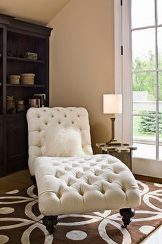 Chaise Lounge///Billy says if this was in black  he'd love it. (Also as long as he has AC in the room....leather)