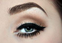 Cat eye/lashes.