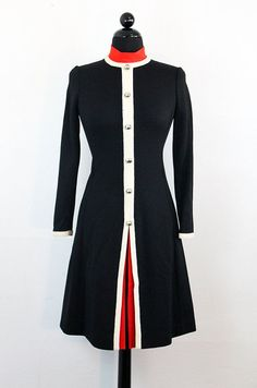 1960s Italian wool dress | 60s vintage fashion