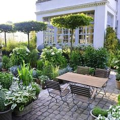35 inspiring backyard veranda ideas to change your ordinary garden - balcony garden 100 - 35 inspiring backyard porch ideas to change your ordinary garden -