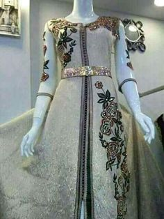 Classy Outfits, Pretty Outfits, Moroccan Caftan, Indian Wear, Indian Outfits, Hijab Fashion, Party Wear, Designer Dresses, Beautiful Dresses