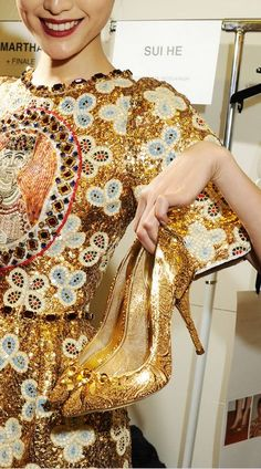 Dolce & Gabbana Fall Winter fashion 2013-14z detail of glam gold heels inspired by Sicily