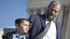 Un estadounidense nacido en Jerusalén no puede poner en su pasaporte que es oriundo de Israel. Pero ahora, el caso de un niño de 12 años puede cambiar esto y, en el proceso, afectar las relaciones de EE.UU. en Medio Oriente.