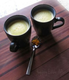 Dreamy Turmeric Tea (sub honey with brown rice syrup, agave, or other vegan sweetener)