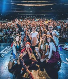 Gracias Córdoba Capiiiiiital ❤️ (No habíamos subido la foto ) Fotos Goals, Famous People, Bff, Friendship, Best Friends, Guys, Concert, My Love, Instagram